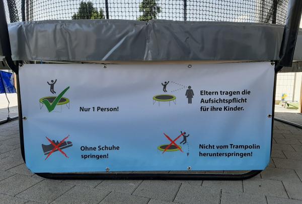 Banner Trampolinregeln